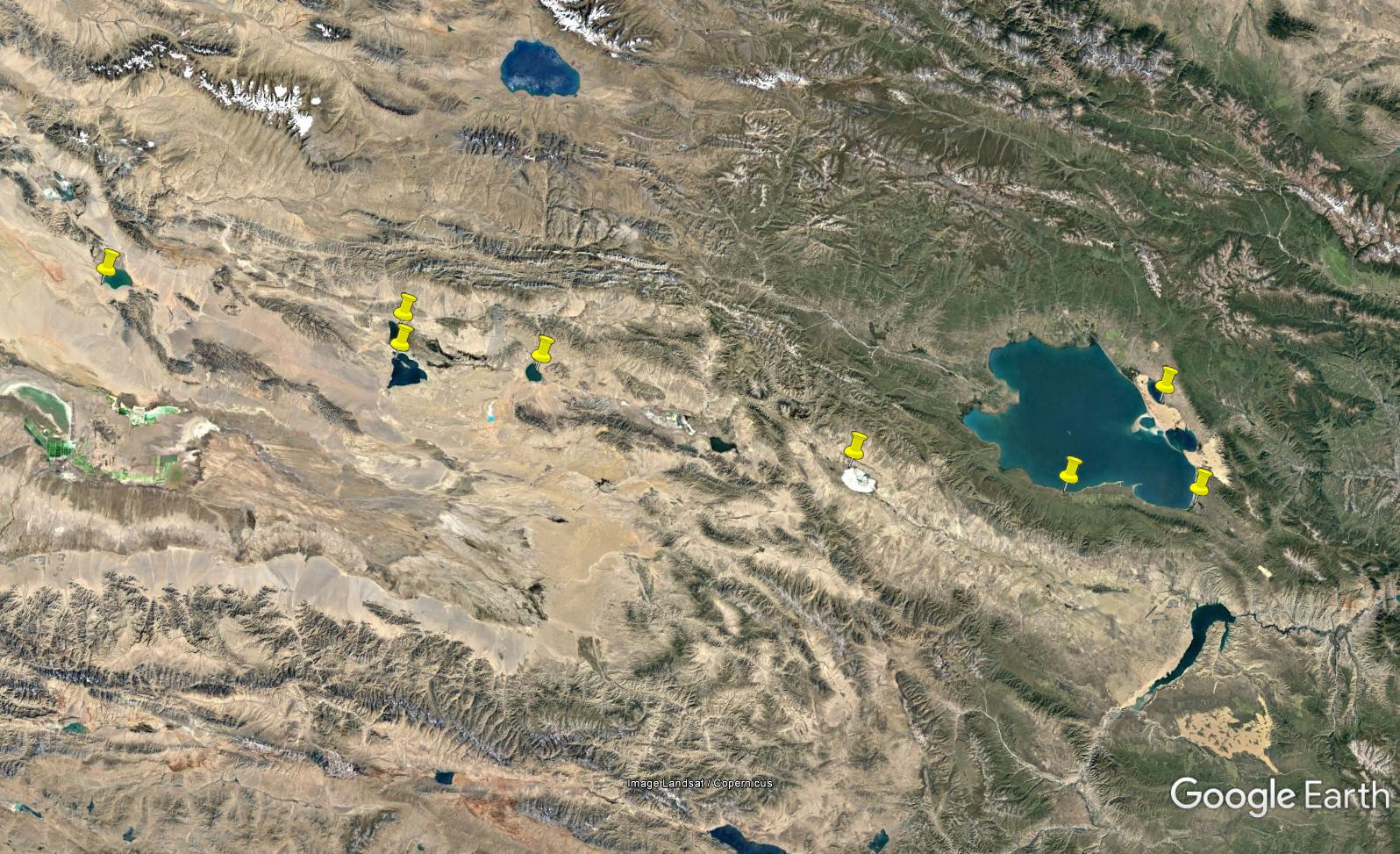 Locations of the studied lakes on the Qinghai-Tibetan Plateau, China.